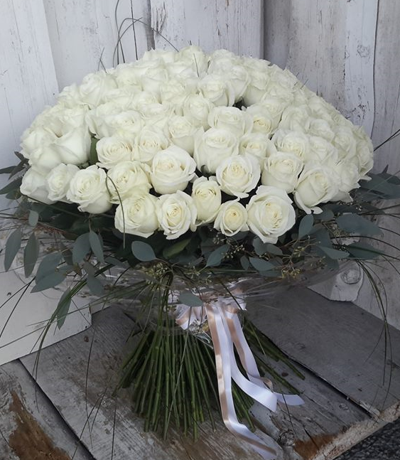 Pušķis- 201 balta roze