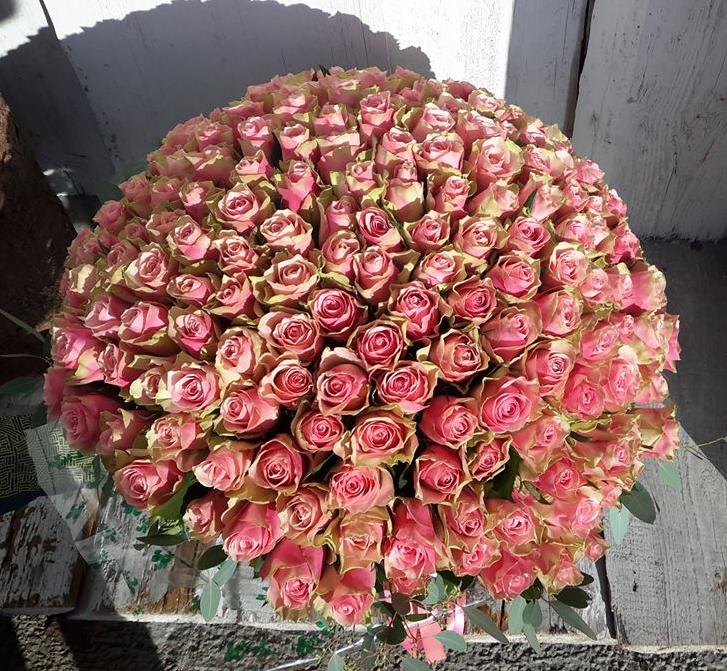Pušķis- 201 rozā roze