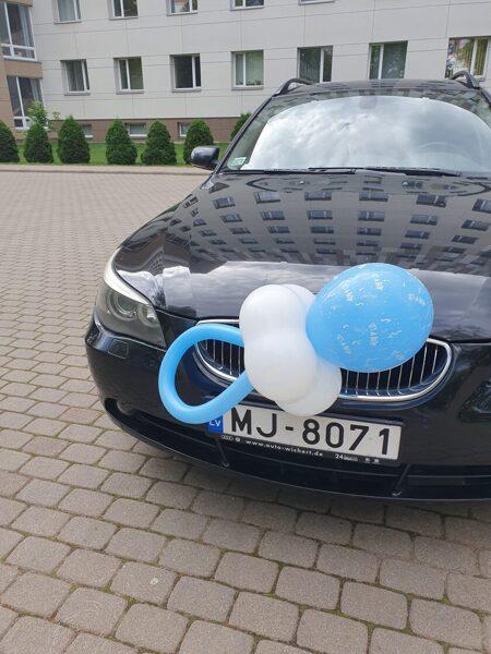 Balonu knupis- zils.