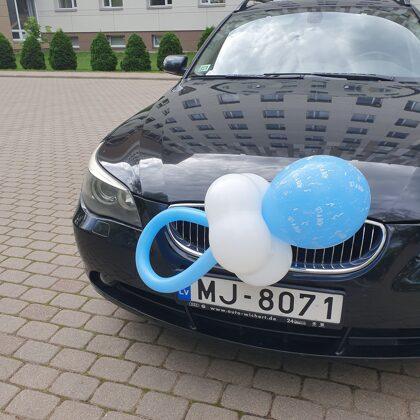 Knupītis no baloniem. 6.00 euro.